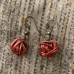 NWOT Unique, Metallic Red and Pink Wire Earrings
